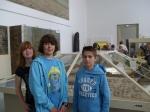 Religionsunterricht: Schülerinnen und Schüler der 8. Klasse im Pergamonmuseum - Frühe Hochkulturen im Zweistromland